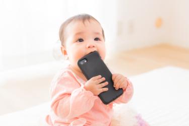 4、5ヶ月の赤ちゃんはどんなおもちゃがいい?今はやりの知育玩具!