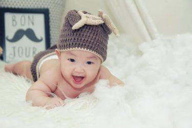生後4ヶ月の赤ちゃんに適した遊び時間や遊び方とは?
