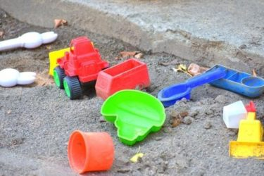 砂遊びが好きな子供のメリット「やる気スイッチON」上手!