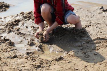 「 5 歳児」の泥んこあそびはどんなねらいがあるの!?