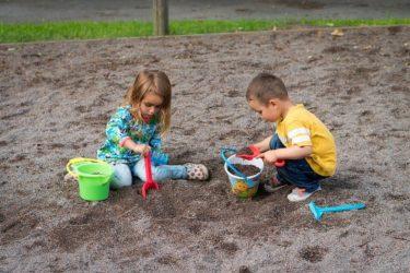 幼児期に経験する砂場遊びが後々脳に影響するってホント⁉