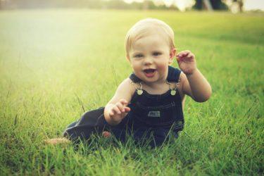 1歳児に運動遊びをさせるべき理由、そのねらいとは