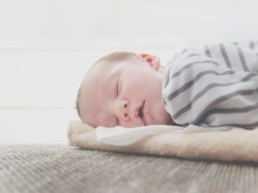 睡眠時間が短い赤ちゃんへの影響とは?