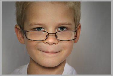 賢い子は顔つきが違う?!本当の賢い子の作り方とは?