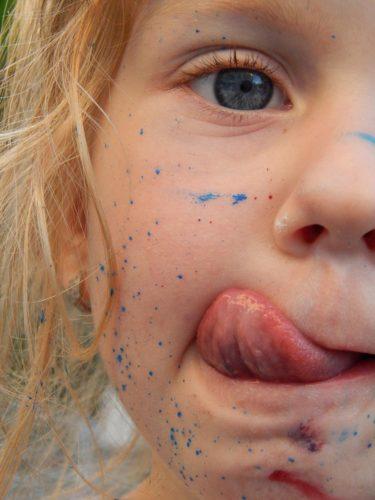 色水って実はすごい!楽しく遊びながら子どもの可能性を引き出そう!